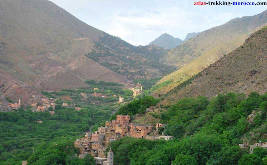 atlas-trekking-mountains-and-valleys-in-morocco