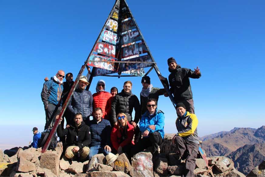 long-traverse-atlas-mountains-trekking-toubkal-summit