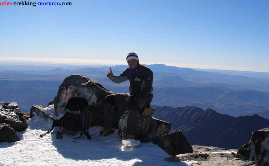 morocco-trekking-in-atlas-mountains