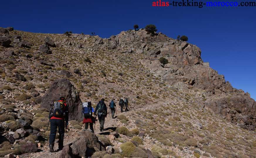 trekking-toubkal-summit-morocco