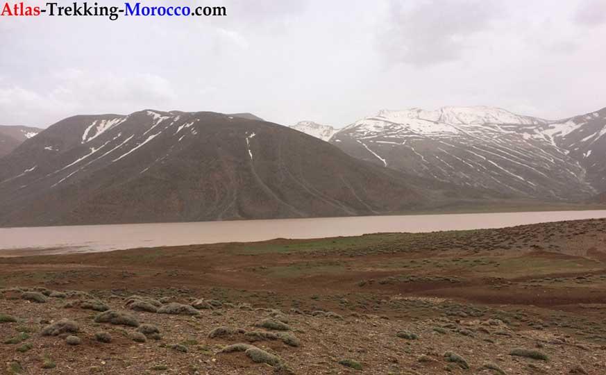 trekking-mgoun-summit-morocco